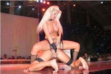 Erotika kiállítás Belgrád