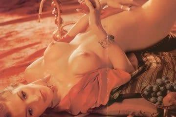Celeb erotika - Fésüs Nelly