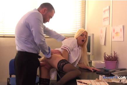 Pornósztár szex - Jessie Volt
