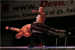 20060430- Erotika kiállítás - Debrecen 2 (11).jpg